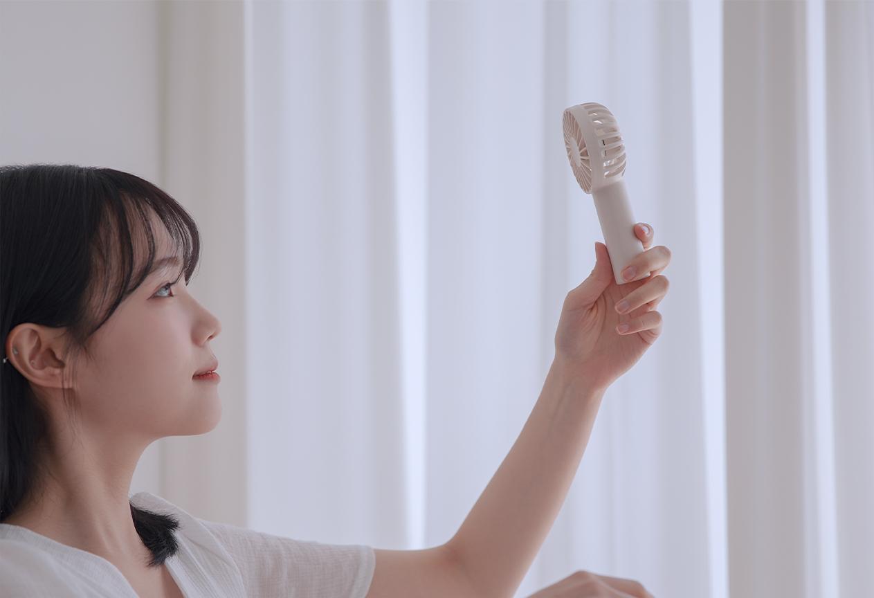 N10 Hand-held Fan images